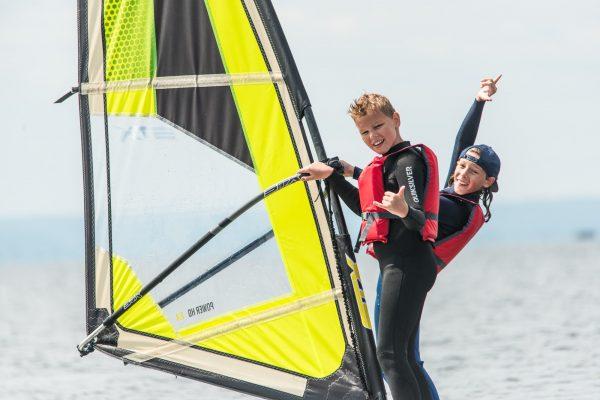 szkolenie windsurfingowe w Jastarni przy molo
