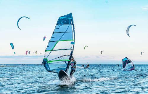 Tygodniowe kursy windsurfingu