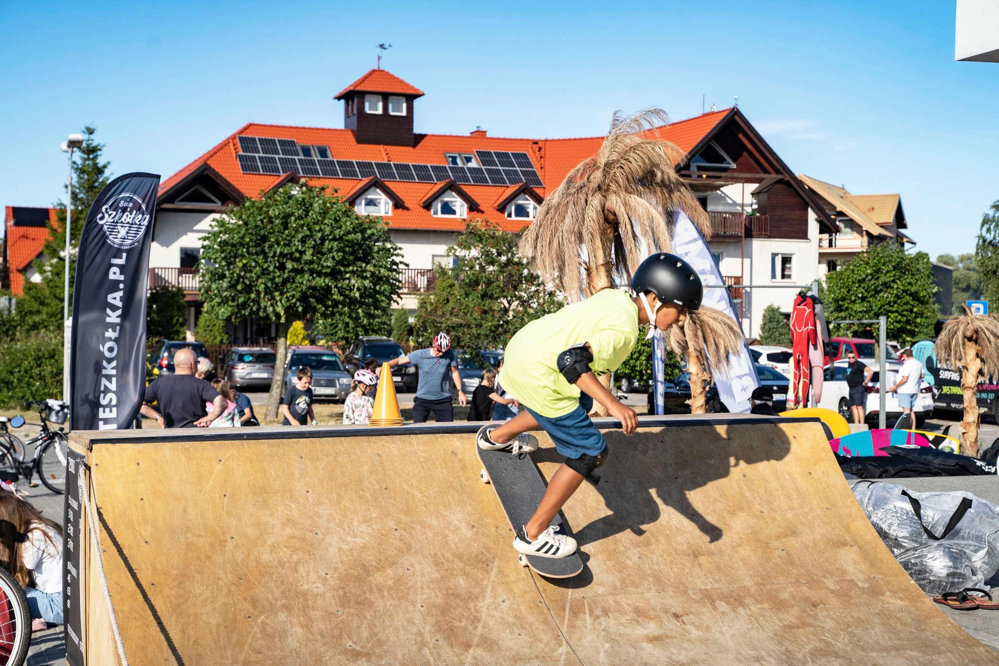 Skate slide 3