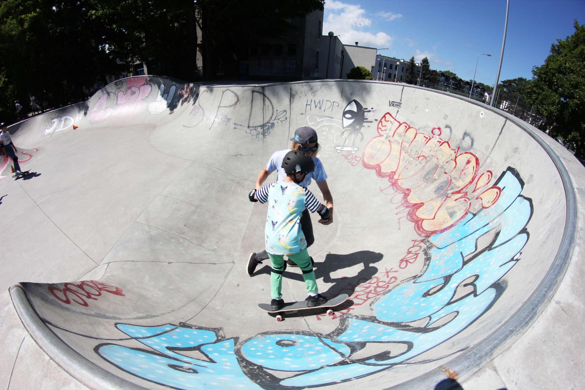 Skate slide 5